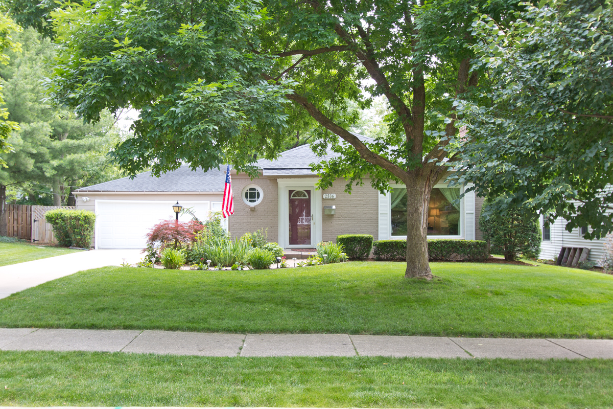 Beautiful East Grand Rapids Ranch Style Home 299 900